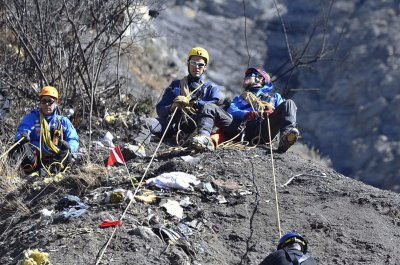 Germanwings report: Clearer rules needed for pilots suffering mental illness