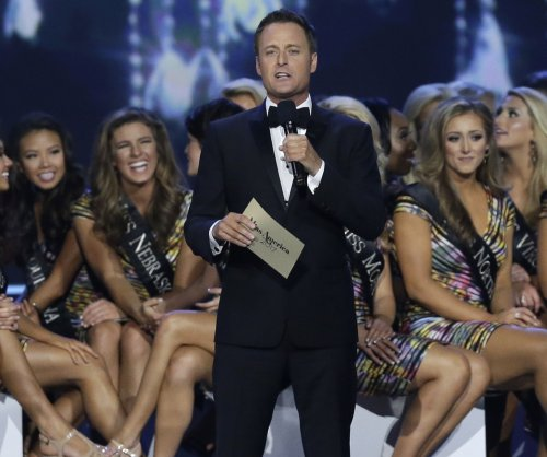 Chris Harrison celebrates 15 years of 'The Bachelor' with throwback photo
