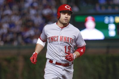 Joey Votto, Cincinnati Reds top Chicago Cubs