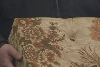 More than $40,000 found inside couch purchased from thrift store