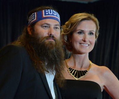 Last bachelor on Duck Dynasty gets booming celebration