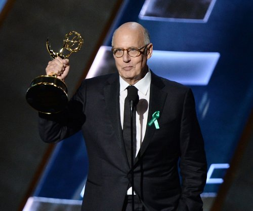 Jeffrey Tambor dedicates 'Transparent' Emmy to transgender community; 'Veep' wins Best Comedy