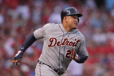 Miguel Cabrera powers Detroit Tigers past Cleveland Indians 12-0