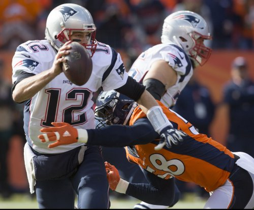Tom Brady shows no rust in return as New England Patriots romp