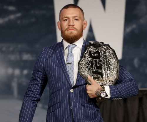Report: Floyd Mayweather, Conor McGregor may fight Aug. 26