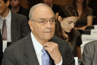 Civil rights activist and former senator Harris Wofford dies at age 92