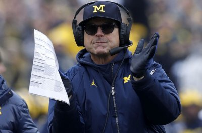 Michigan's Jim Harbaugh snaps back at reporter for 'insult' after Ohio State loss