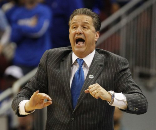 Calipari denies reports of talks with Sacramento Kings