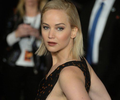 Jennifer Lawrence, Liam Hemsworth attend 'Mockingjay Part 2' U.K. premiere