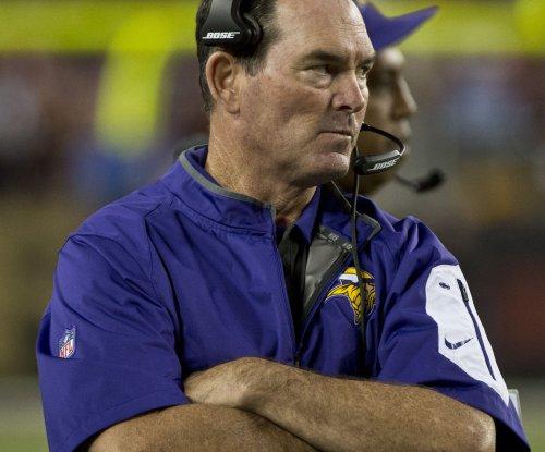 Minnesota Vikings win not good enough for Mike Zimmer