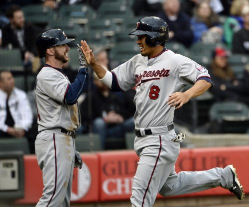 Atlanta Braves reach one-year deal with C Kurt Suzuki