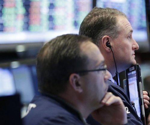 Stocks tumble amid tumultuous week in Washington