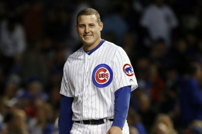 Chicago Cubs' Anthony Rizzo wins 2017 Roberto Clemente Award