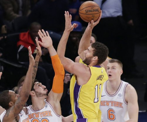 Los Angeles Lakers center Brook Lopez out at least three weeks