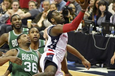 Marcus Smart staying with Celtics on $52M deal