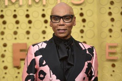 RuPaul gives Pete Davidson a drag makeover on 'SNL'