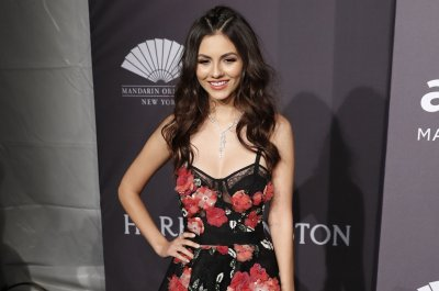 Victoria Justice to host remote 'Kids Choice Awards' May 2