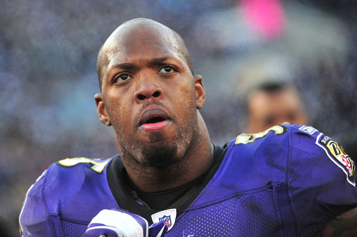 Terrell Suggs tears Achilles tendon UPI