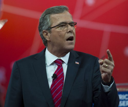 Jeb Bush identified himself as Hispanic on voter registration form
