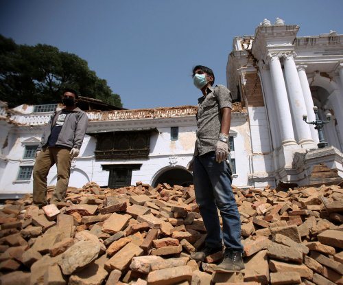 Nepal death toll rises to 6,200; $2B needed to rebuild
