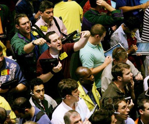 Crude oil prices move up 5 percent