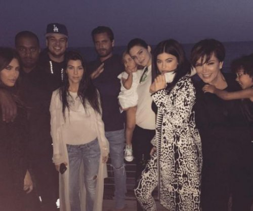 Rob Kardashian celebrates 29th birthday with his family
