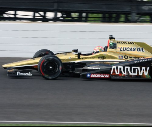 Indy 500: A year after scary injury, James Hinchcliffe wins pole