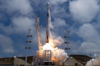 SpaceX calls off launch of satellites
