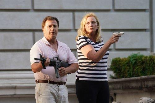 Missouri Gov. Mike Parsons pardons St. Louis couple who waved guns at protesters