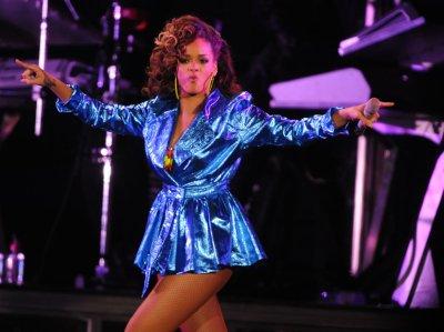 'Love' still rules the U.S. record chart