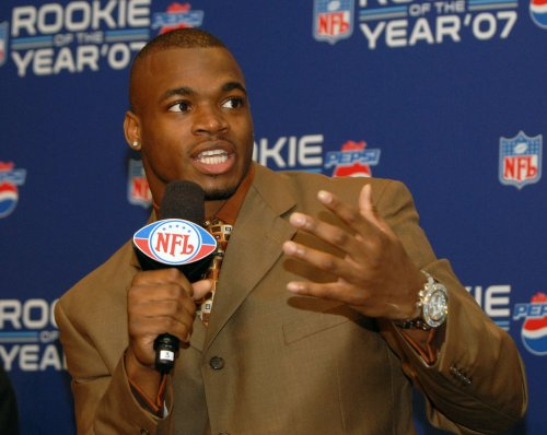 Adrian Peterson facing more child abuse allegations after details about 2013 incident come out
