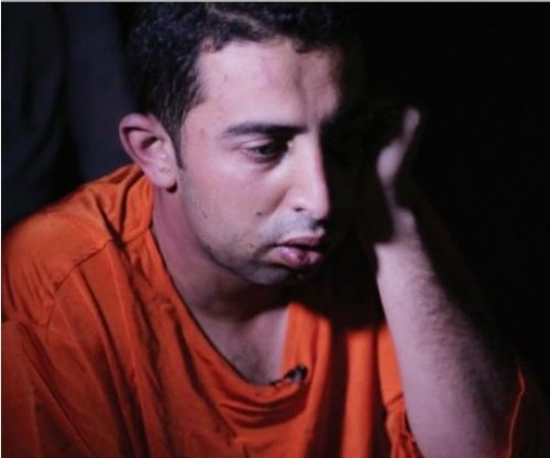 Islamic State publishes interview with captured pilot, asks Twitter followers how to kill him