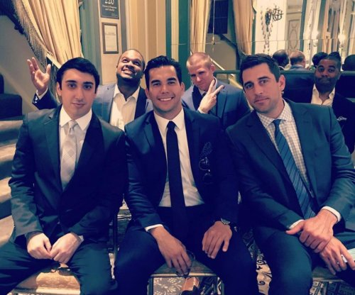 Aaron Rodgers, Jordy Nelson suit-up for Randall Cobb's wedding
