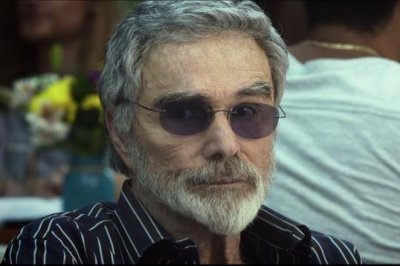 Burt Reynolds travels with Ariel Winter in 'The Last Movie Star' trailer