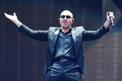 Hurricane Dorian: Pitbull postpones Los Angeles show, stays in Florida