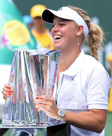 Wozniacki starts slowly, wins in Germany