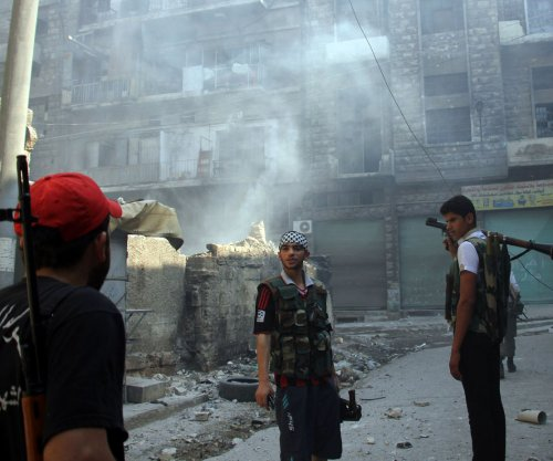 Human rights group: Airstrikes breach Syrian cease-fire
