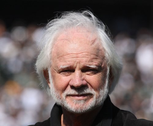 Ken Stabler's daughter rejects standing of QB's ex-wife