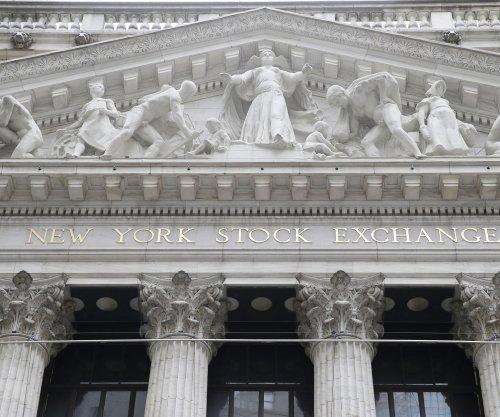 Major U.S. stock indexes post gains behind Netflix-led tech rally