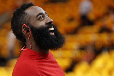 Harden's historic night all for naught in Rockets' loss to Nets