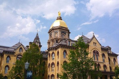 Notre Dame suspends in-person classes after 147 positive COVID-19 tests