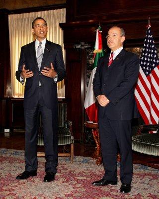 Obama hangs tough on drug-war policies