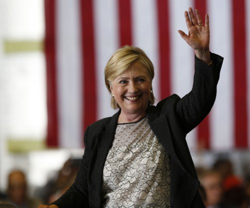 Hillary Clinton highlights jobs plan, criticizes Donald Trump tax breaks
