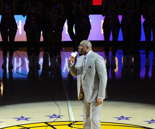 Magic Johnson offers to pay Los Angeles Lakers' $500K tampering fine