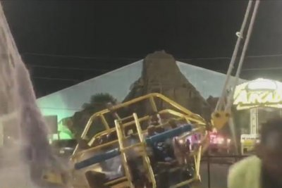 Bungee cord snaps on slingshot ride at Florida amusement park