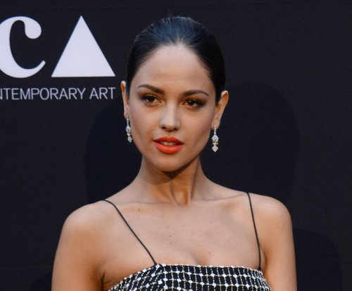 Eiza Gonzalez on Calvin Harris dating rumors: It's 'private'