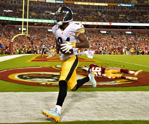 Pittsburgh Steelers' Antonio Brown fined for celebration, blue shoes