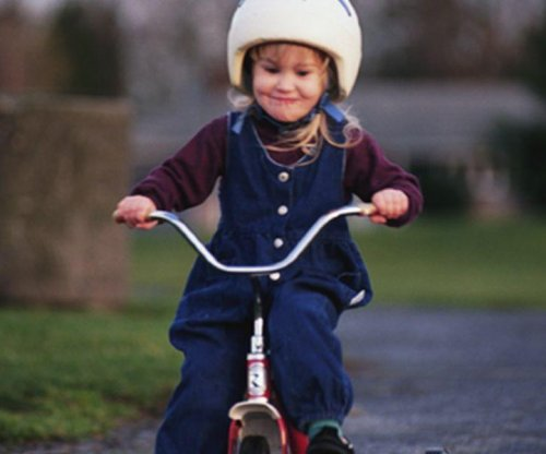 Many parents not requiring children to wear helmets when on wheels