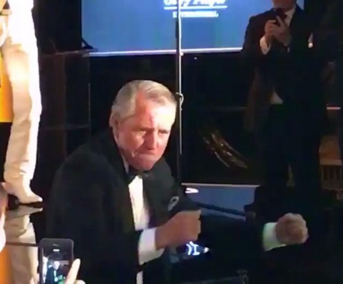 Gary Player: Hall of Fame golfer flaunts groovy dance moves