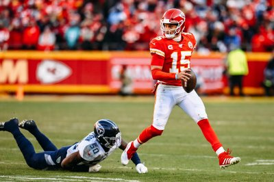 Chiefs' Patrick Mahomes shows off wheels with electric 27-yard touchdown run